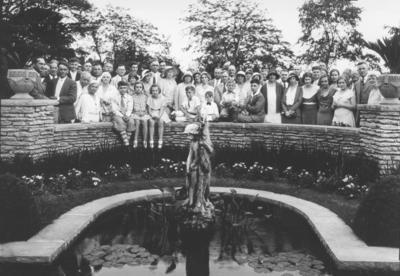 Class reunion, 1907, home of Louis E. Hillenmeyer, Sr