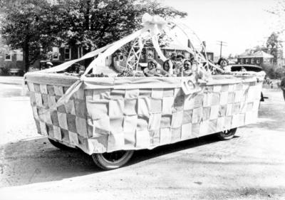 Alpha Zeta Delta giant basket parade float