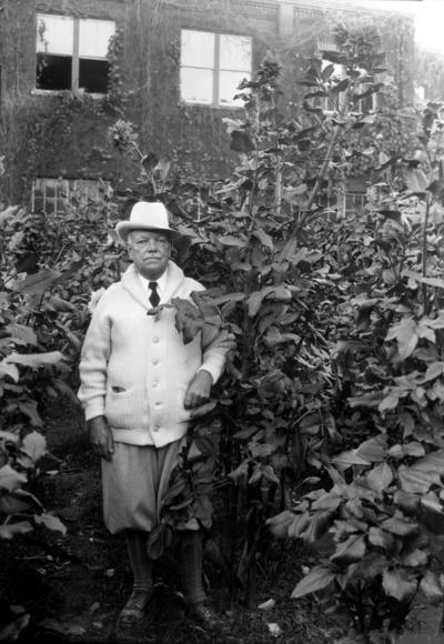 Dean F. Paul Anderson, Dean of Engineering, in Dahlia garden