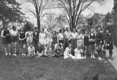 Women's athletics, group photograph (field hockey, basketball, baseball, volleyball, archery, tennis)