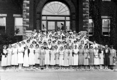 Group photograph on steps of Miller Hall, unidentified women of Phi Upsilon Omicron (national)