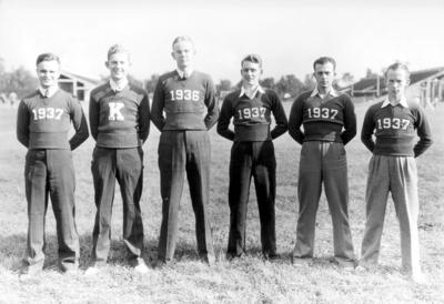 Six members of Kentucky baseball team out of uniform