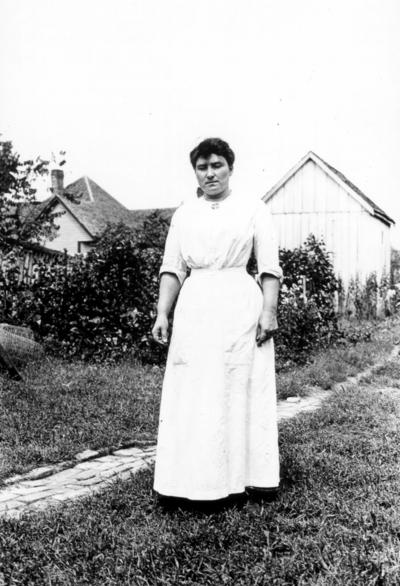 Dicker family, unidentified woman