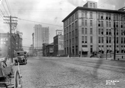 Twentieth and Avenue A crossing, view of downtown, Birmingham grade elimination, Birmingham, Alabama