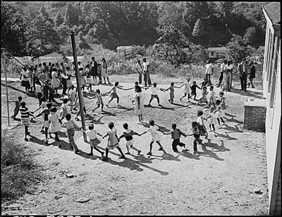 Recess in colored grade school.  Wheelwright, Floyd County, KY. 9/26/46
