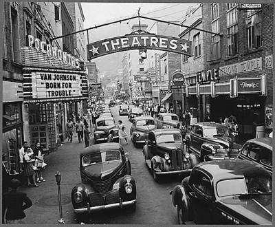 Saturday afternoon street scene. Welch, McDowell County, W. Va. 8/24/46