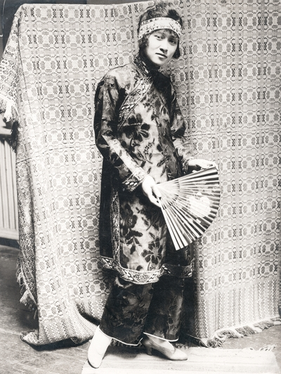 Peggy O'Wing, Chinese actress in the U.S