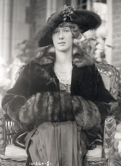 Helen Dinsmore, Huntington, NY