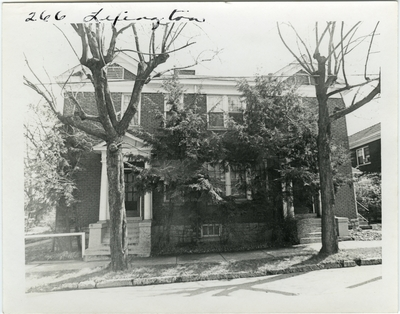 266 Lexington, front view. Built for Elijah Smith after 1786. Enlarged for Joel Higgins about 1836-37. Designated Higgin's Mansion in MacGabe's city directory for 1838