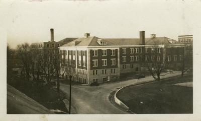 Universal Service Photograph, University of Kentucky Kastle Hall
