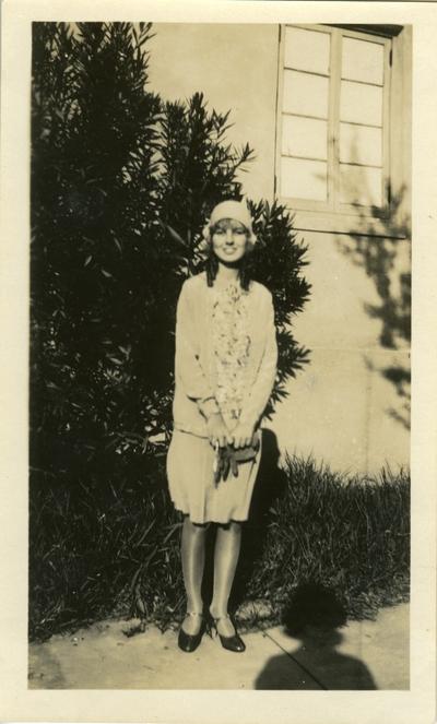 Unidentified woman undated