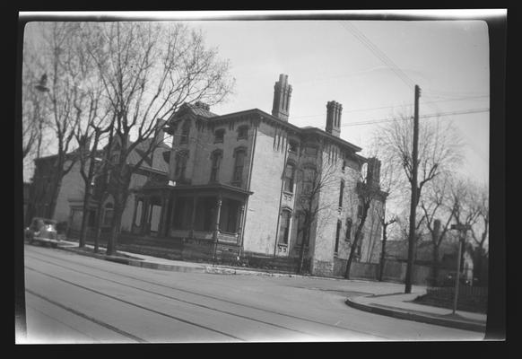 House on the corner of South Broadway and Pine Street. Lexington, Kentucky