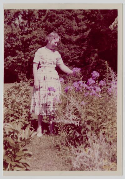 Betty Haskins, cousin of Linda Neville