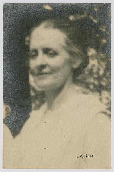 Linda Neville's sister, Mary Neville- at Preston Johnston's- Fayette Co