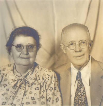 Portrait of Dr. and Mrs. Waller O. Bullock in 1948. 3X3 Sliver Print