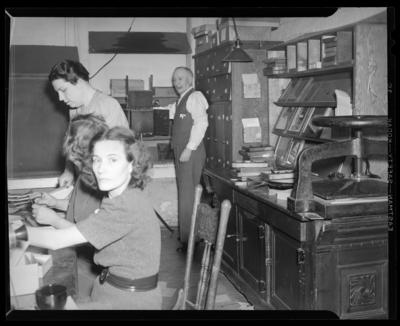 R.J. Long's Kitchen, 928 Idlewild; (Lafayette                             Studios)