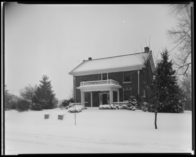 Roy Price; exterior front of house, 812 East Main