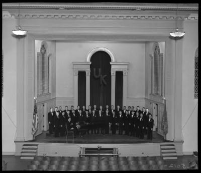 Men's Glee Club group gathered on stage of Memorial Hall (1943                             Kentuckian) (University of Kentucky)
