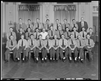 Southeastern Greyhound Lines; bus drivers; group