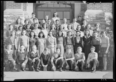 Garth High School; 8th grade; group standing on steps