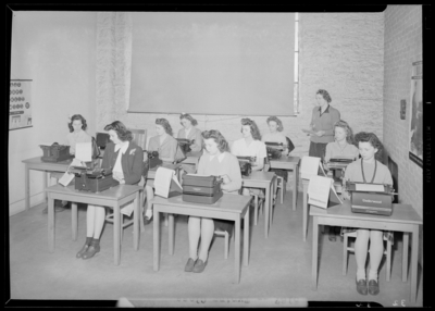 Garth High School; typing class