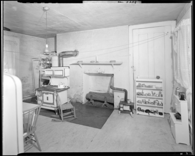 Roy Farmer; interior of home; kitchen