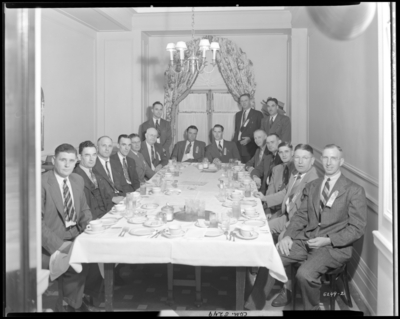 Plumbers & Steam Fitters Union; local 452 (351 West                             Short); group dinning at table