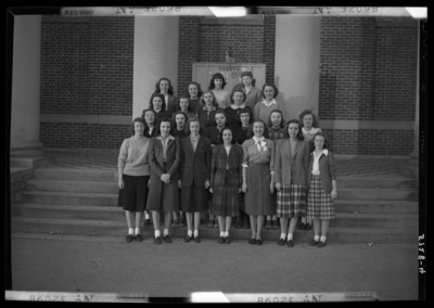 Georgetown College; exterior of building; group of women; group                             portrait