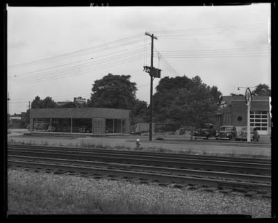 Lexington Auto Body Works, Aldridge Harry Motors (Hudson); 133                             Midland; exterior