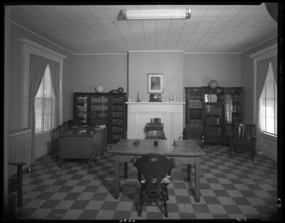 Methodist Home (Versailles, Kentucky); interior; office or                             library