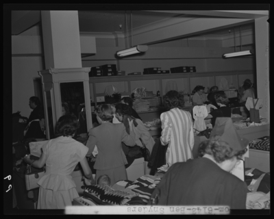 Ben Snyder (department store, 113-117 East Main); formal opening;                             interior; shoppers